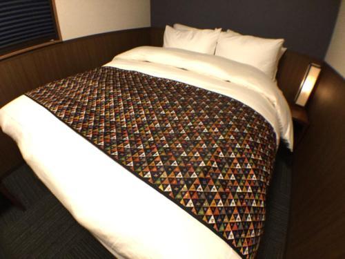 Bed Room-Queen Studio 02